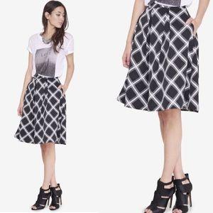 Express Midi Skirt Windowpane Size 4